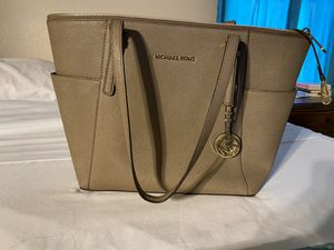 Micheal Kors for Sale in Amarillo, TX
