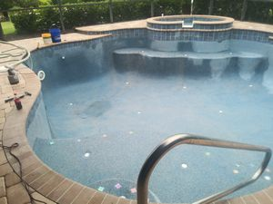 Pool Polisher for Sale in Ruskin, FL