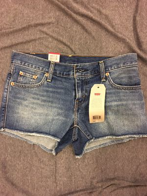Brand New Levy Strauss women's Shorts size: 25 for Sale in Chicago, IL
