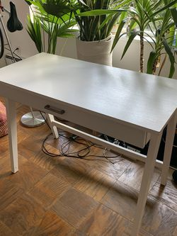 White Desk for Sale in Burien,  WA