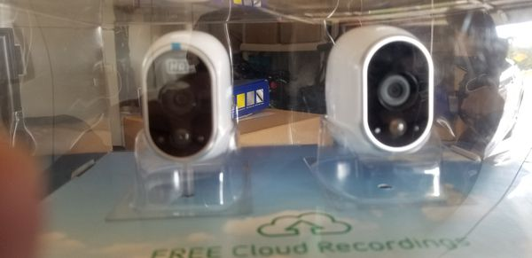 Arlo 2 Camera HD Security System Brand New