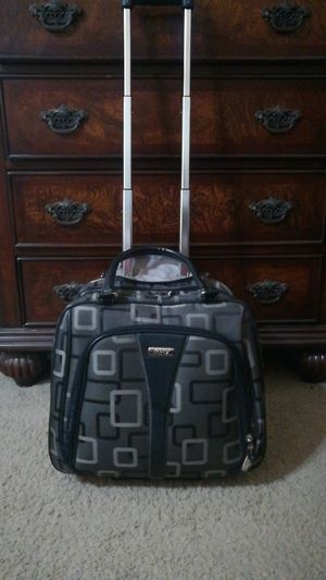 Apt 9 Rolling Overnight Bag for Sale in Waddell, AZ