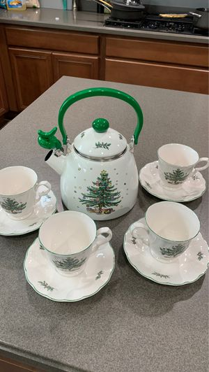 Nikko Christmas kettle and 4 tea cups with saucers for Sale in Bartlett, IL