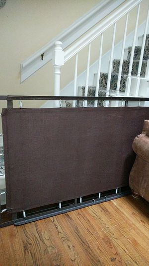 Free pop-up Trundle for Sale in Raleigh, NC