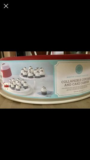 Cupcake carrier brand new Martha Stewart for Sale in Woodland, CA