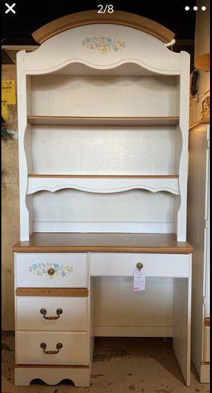 Kids White 4 Drawer Desk w Storage / Display Hutch for Sale in Lehighton, PA
