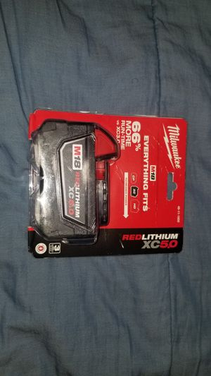 BRAND NEW MILWAUKEE XC 5.0 BATTERY for Sale in Westlake, OH