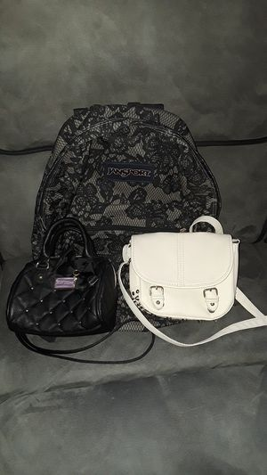 Women purses and backpack for Sale in Orlando, FL
