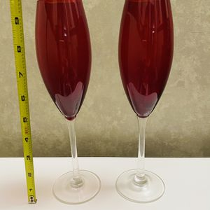 2 Red Toasting Wedding Party Glass Champagne Flutes for Sale in Shorewood, IL
