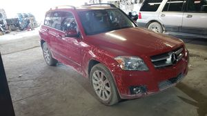 2011 MERCEDES BENZ GLK350 PARTS FOR SALE for Sale in Hialeah, FL