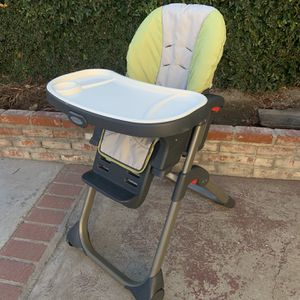 Baby High Chair for Sale in Artesia, CA