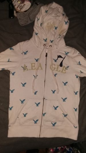 American Eagle size M for Sale in Milwaukee, WI