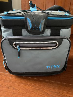 Titan deep freezer cooler bag for Sale in Brooklyn, NY