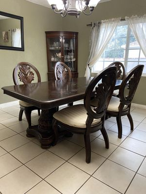 Dining Room for Sale in Pico Rivera, CA