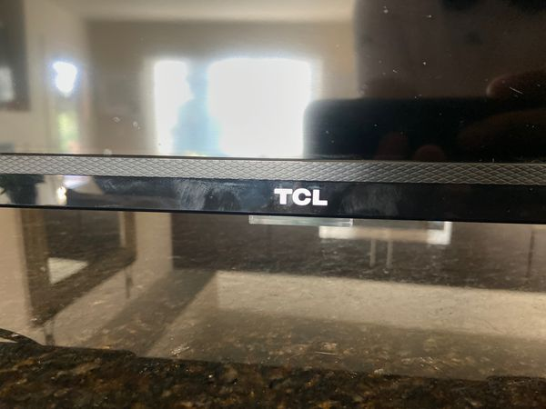 32 Inch ROKU Smart TV TCL 720p 75hz