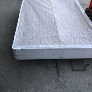 Free full Box Frame for Sale in South Gate, CA