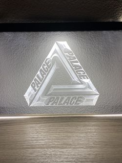 Palace Skateboarding Streetwear Fashion Supreme LED Neon Display Sign - VANS Off White A Cold Wall Yeezy Nike for Sale in Santa Ana,  CA