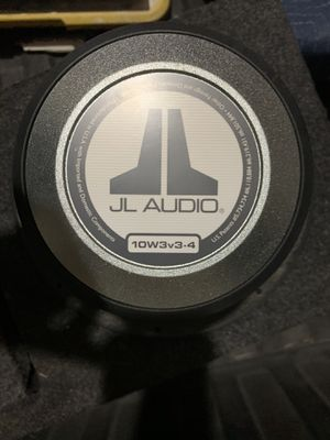 JL Audio 10W3v3.4 with ported box 10s for Sale in Santa Clara, CA