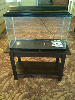 Aquarium w/ Stand for Sale in Fort Wayne, IN
