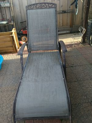 1 chairs pool iron for Sale in Cicero, IL