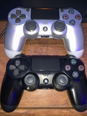 9/10 condition PS4 Controllers for Sale in Philadelphia, PA