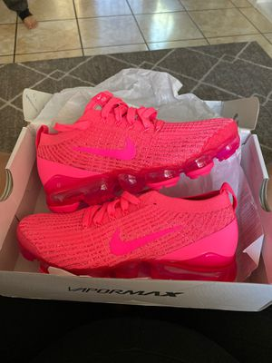 🔥NIKE Vapormax (hyper pink) 6.5 woman shoes! 🔥 for Sale in San Jose, CA