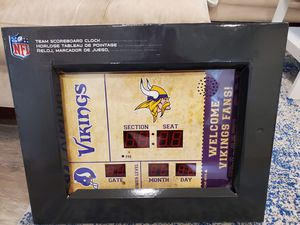 NEW Minnesota Vikings NFL Bluetooth Scoreboard Wall Clock for Sale in Clearwater, FL