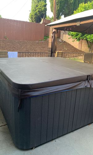 Hot tub for Sale in La Mirada, CA