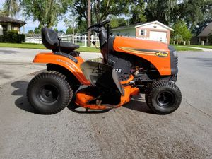 "Riding mower. Ariens, 42"" deck, 17.5 hp briggs and stratton. for Sale in Lakeland, FL"
