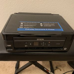 Epson XP-320   All In One Printer   Wireless Printing   Scan Print Copy for Sale in Bakersfield, CA