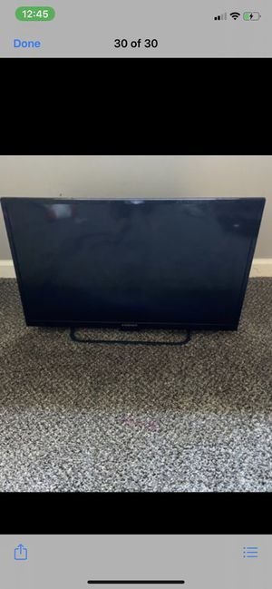 I have a smart TV for sale it's 32 inch TVit works great I just don't have the controller to it my kids lost it But is in a great condition for Sale in St. Louis, MO