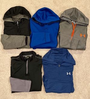 Under Armour Men's Longsleeves Active Wear Size S/M Lot of 5 for Sale in Aurora, IL
