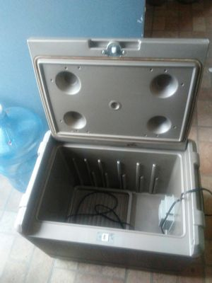 Electric cooler for Sale in Fullerton, CA
