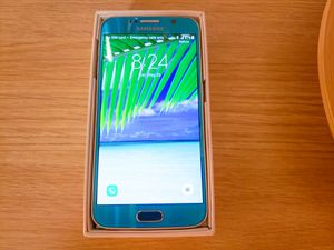 Samsung Galaxy S6 Blue Topaz color. Unlocked international phone. Like new! for Sale in Rockville, MD