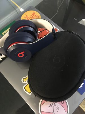 Beats solo 3 for Sale in TEMPLE TERR, FL