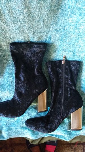 NY &C BOOTS. SZ 8 for Sale in Long Beach, CA