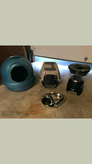 All 3 for $25! Litter box, food dispenser and water fountain dispenser all in good condition! for Sale in Antioch, CA