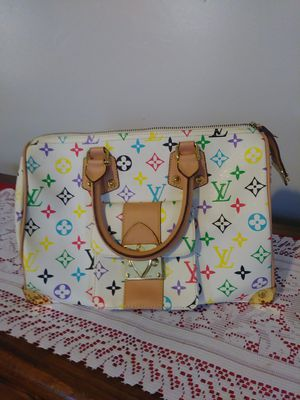 Louis Vuitton Bag for Sale in Lorain, OH