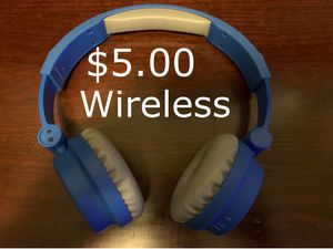 Headphone wireless size adjustable adults ,young , kids for Sale in Vancouver, WA