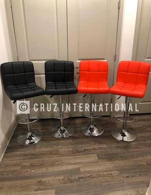 New 4 bar stools for Sale in Orlando, FL