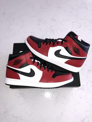 Jordan 1 mid chicago black toe size 10.5 for Sale in Ashburn, VA
