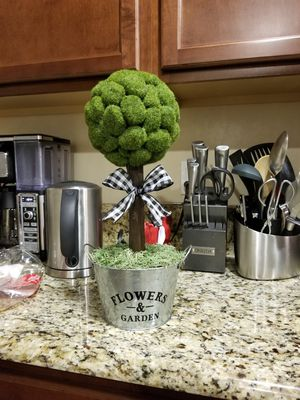 Topiary for Sale in Bakersfield, CA