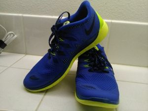 Blue Nike shoes ( never used) # 5.5 Y new for Sale in San Jacinto, CA