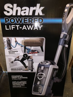 Shark® DuoClean® Powered Lift-Away® Upright Vacuum NV830 for Sale in Anaheim, CA