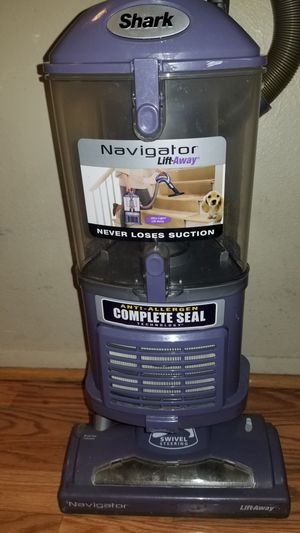 Shark liftaway vacuum for Sale in Phoenix, AZ