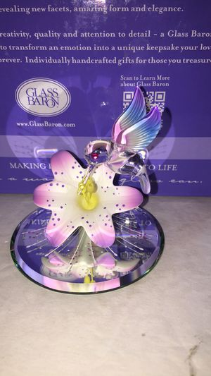 NEW Glass Baron Butterfly Lily $15 for Sale in Yuma, AZ