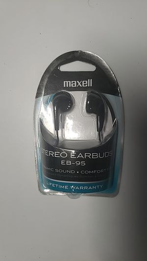 Maxell stereo earbuds NOT WIRELESS for Sale in East Taunton, MA