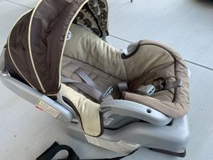 Car seat (free) for Sale in Hayward, CA