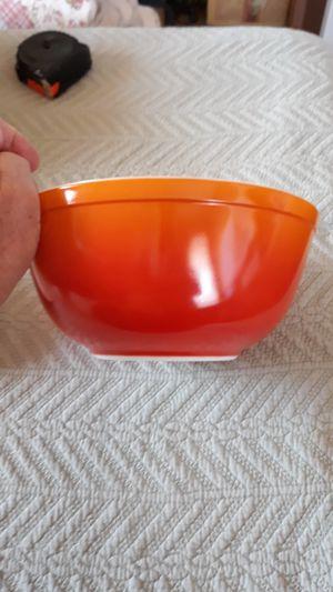 Vintage Pyrex Mixing Bowl #403 2-1/2qt for Sale in Sunsites, AZ
