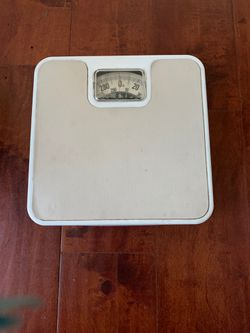Vintage retro metal METRO Bathroom Scale Medical Body Weight Scale 290 lb Capacity USA made for Sale in Walnut,  CA